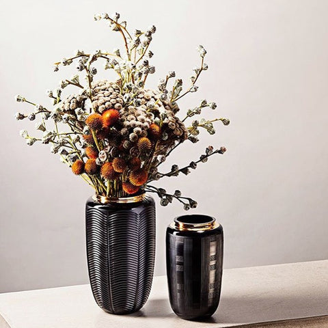 Jet Black Case with Large Vase