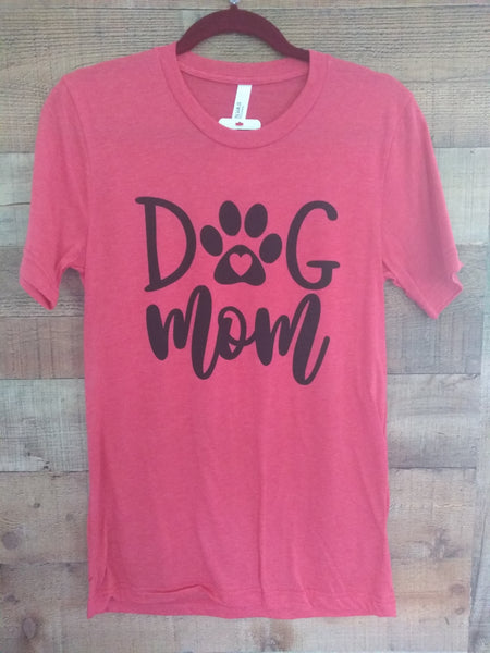 Dog Mom Graphic Tee