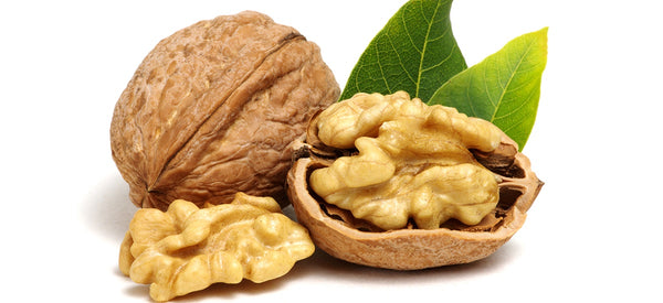 10 HEALTH & WELLNESS BENEFITS OF WALNUTS