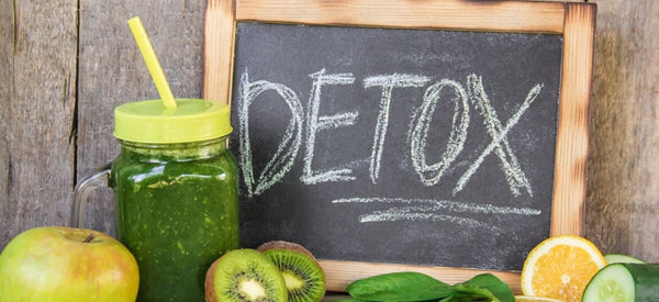 10 SIGNS YOUR BODY IS SCREAMING FOR A DETOX