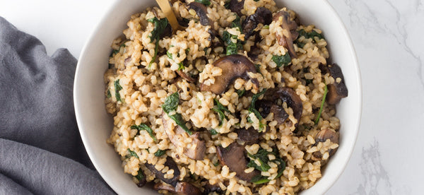 BROWN RICE RISOTTO WITH MUSHROOMS & SPINACH