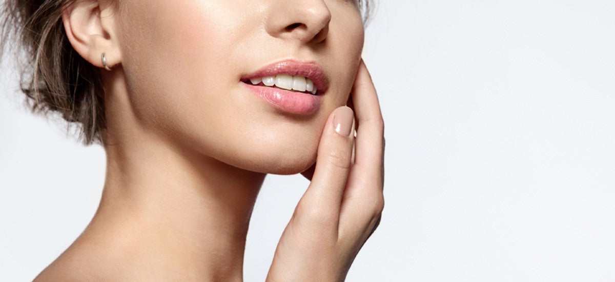 UNDERSTANDING YOUR SKIN + HOW TO KEEP IT LOOKING YOUNG AND HEALTHY