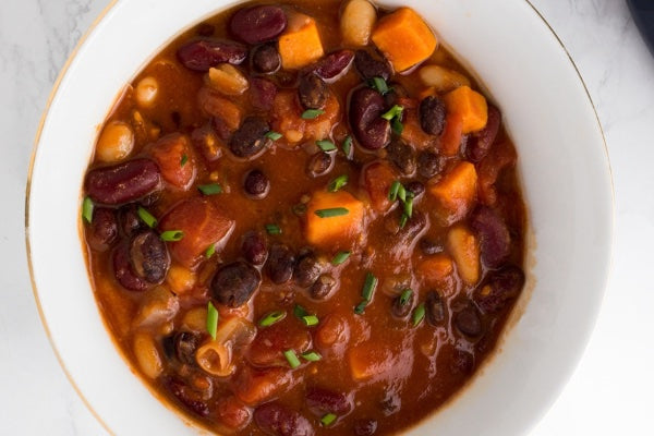 SWEET POTATO CHIPOTLE CHILI