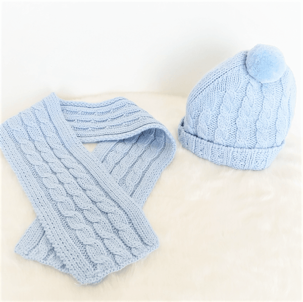 Classic scarf & beanie set - baby blue
