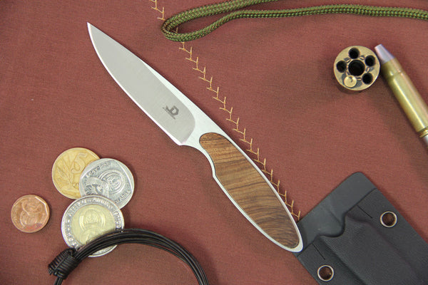 JD van Deventer V1 Neck Knife Tamboti