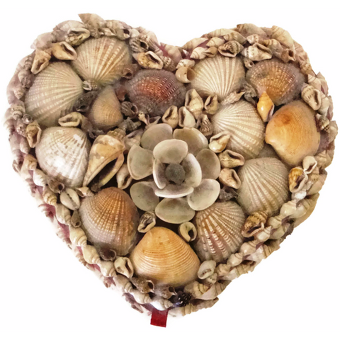 Vintage heart shaped shell jewelry box (c 1950s)