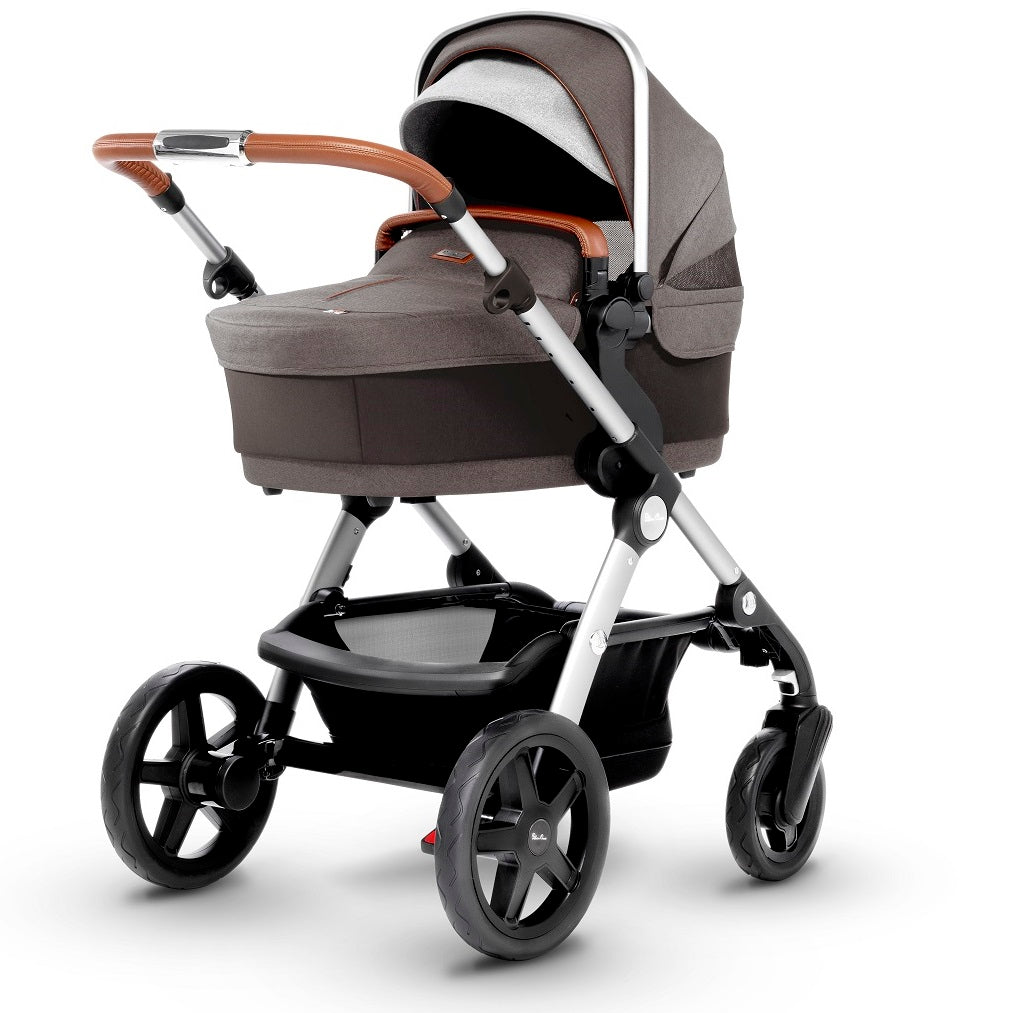 Silver Cross Wave Stroller with Bassinet in Sable