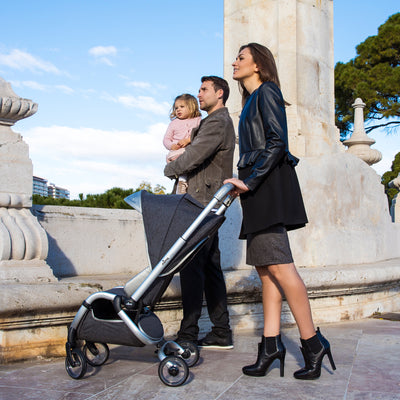 Mima Zigi Stroller in Charcoal Lifestyle