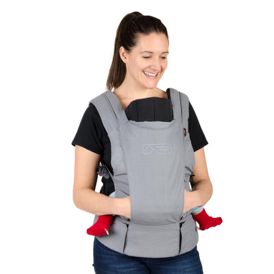 Mom wearing Mountain Buggy Juno Baby Carrier in Charcoal