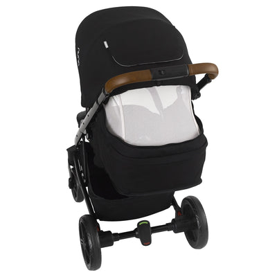 Nuna TAVO 2019 Travel System in Caviar with ventilation open