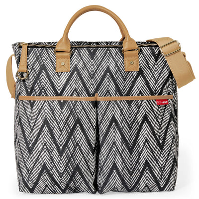 Skip Hop Duo Special Edition Diaper Bag in Zig Zag Zebra