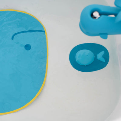 Skip Hop Moby Tub Stopper in bathtub