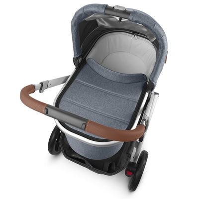 UPPAbaby VISTA V2 Stroller in Gregory with Bassinet top view