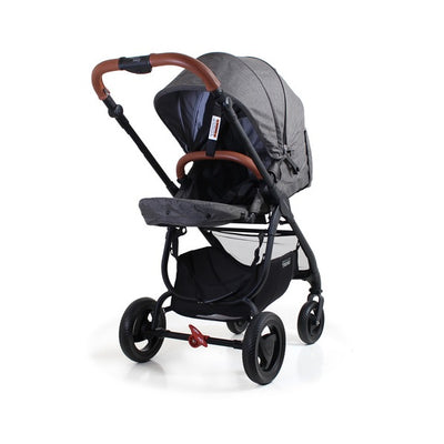Valco Baby Snap Ultra Trend Stroller in Charcoal with seat reversed