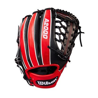 "2017 Wilson A2000 - May Glove of the Month 1789 11.5"" RHT"