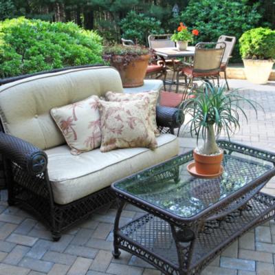 FIVE WAYS TO CREATE A PEACEFUL OUTDOOR OASIS