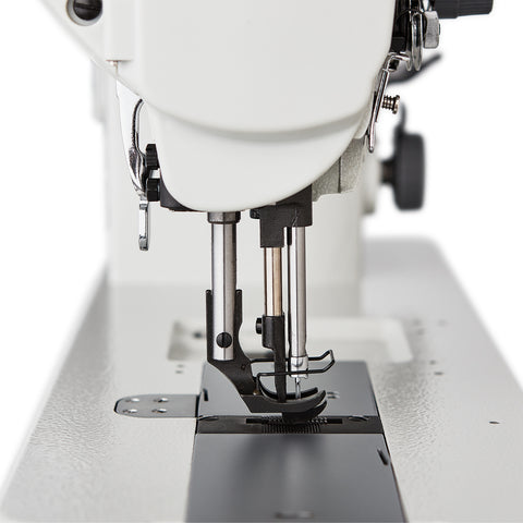 4510SW LOCKSTITCH WALKING FOOT WITH HORIZONTAL HOOK