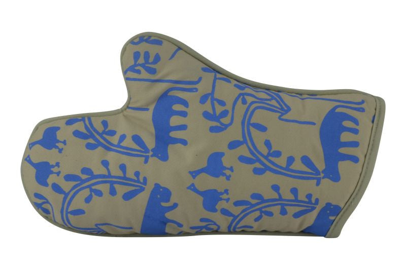 Oven Glove, Likkewan and Hyenas