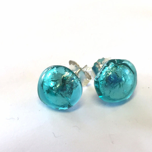 emerald sparkle stud earrings