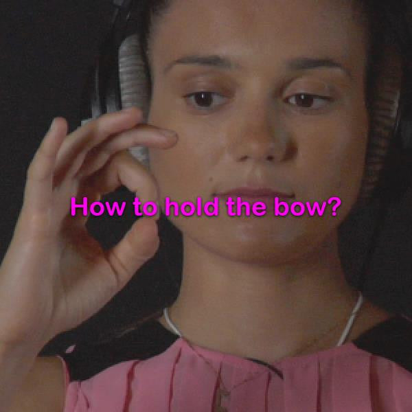 Lesson 002: How to hold the bow? - violino online, play violin online,   - tocar violin online, уроки игры на скрипке, Metodo Mirkovic - cours de violon en ligne, geige online lernen