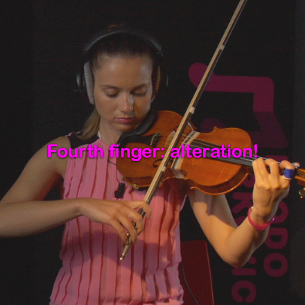Lesson 039:Fourth finger : alteration! - violino online, play violin online,   - tocar violin online, уроки игры на скрипке, Metodo Mirkovic - cours de violon en ligne, geige online lernen