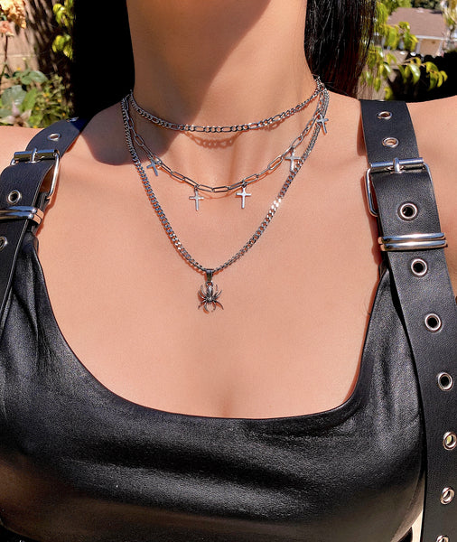 THE BLACK WIDOW NECKLACE SET