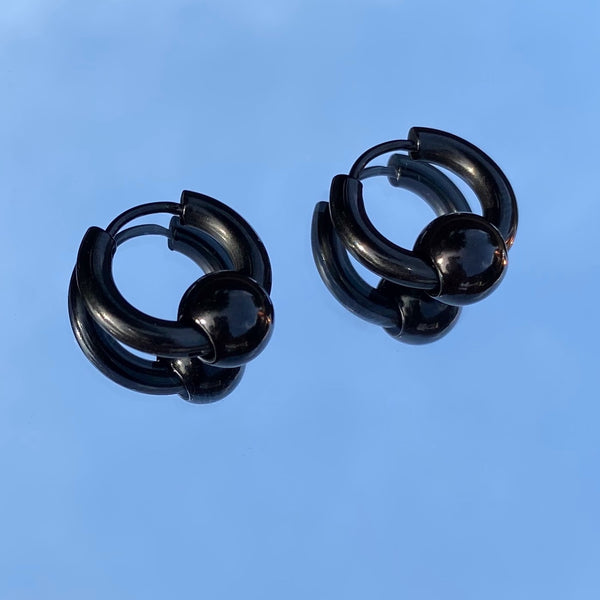 BLACK CAPTIVE BEAD HOOP EARRINGS