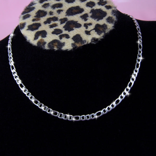 DAINTY FIGARO NECKLACE