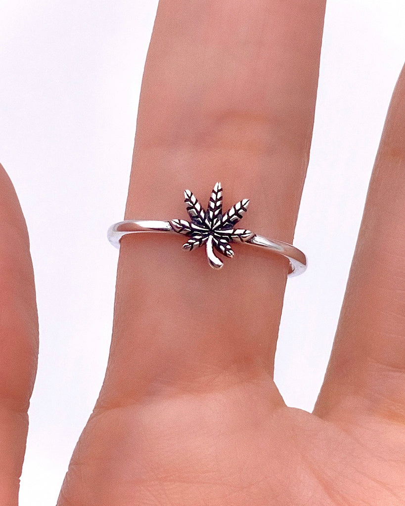 MINI POT LEAF RING