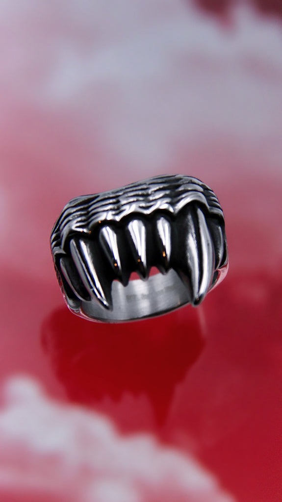 SHOW YOUR FANGS RING
