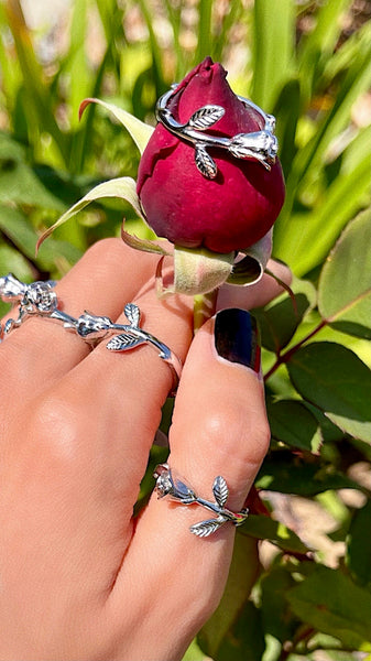 FRAGILE ROSE RING