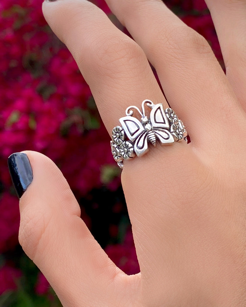 THE BUTTERFLY BB RING