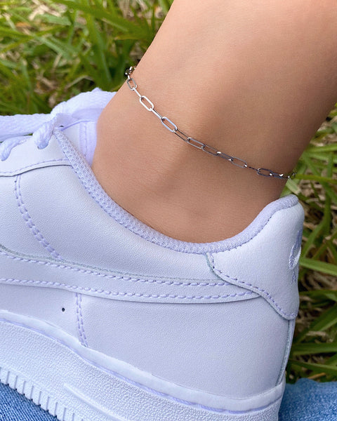 THE DAINTY PAPER CLIP ANKLET