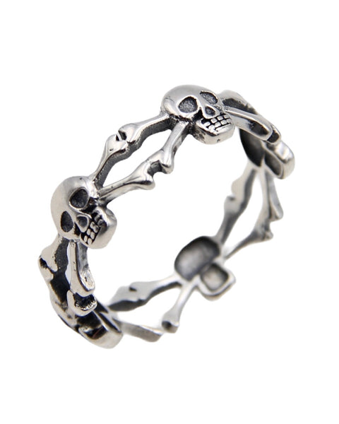SKULL AND CROSS BONES RING