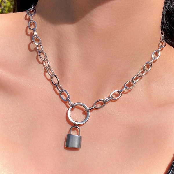 O-RING LOCK NECKLACE
