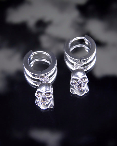 SINNER SKULL EARRINGS