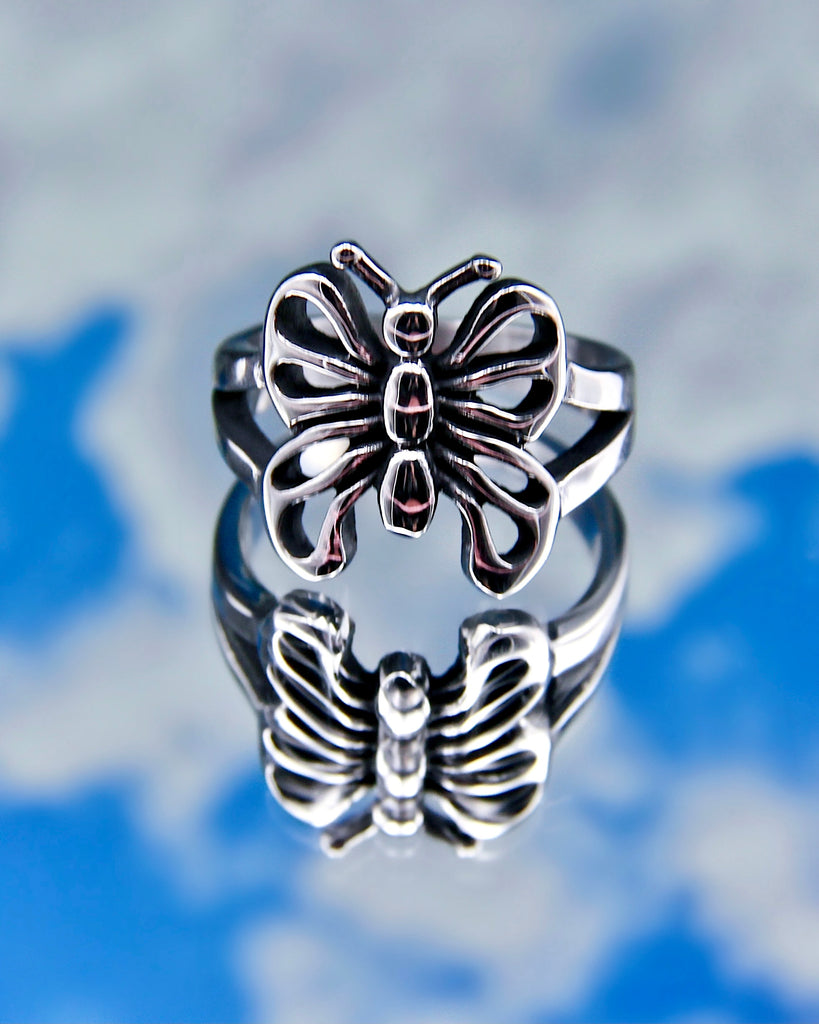 BUTTERFLY EFFECT RING