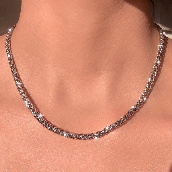 MINIMALIST ROUNDED BRAIDED CHAIN NECKLACE