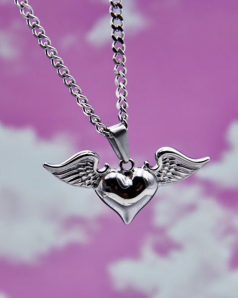 FLY AWAY LOVE NECKLACE