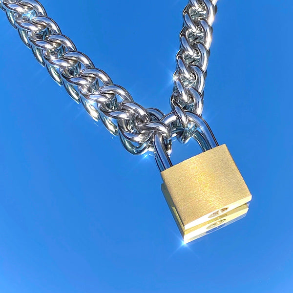 CLASSIC LOCK NECKLACE
