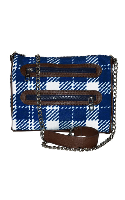 classic check zipper chain crossbody.