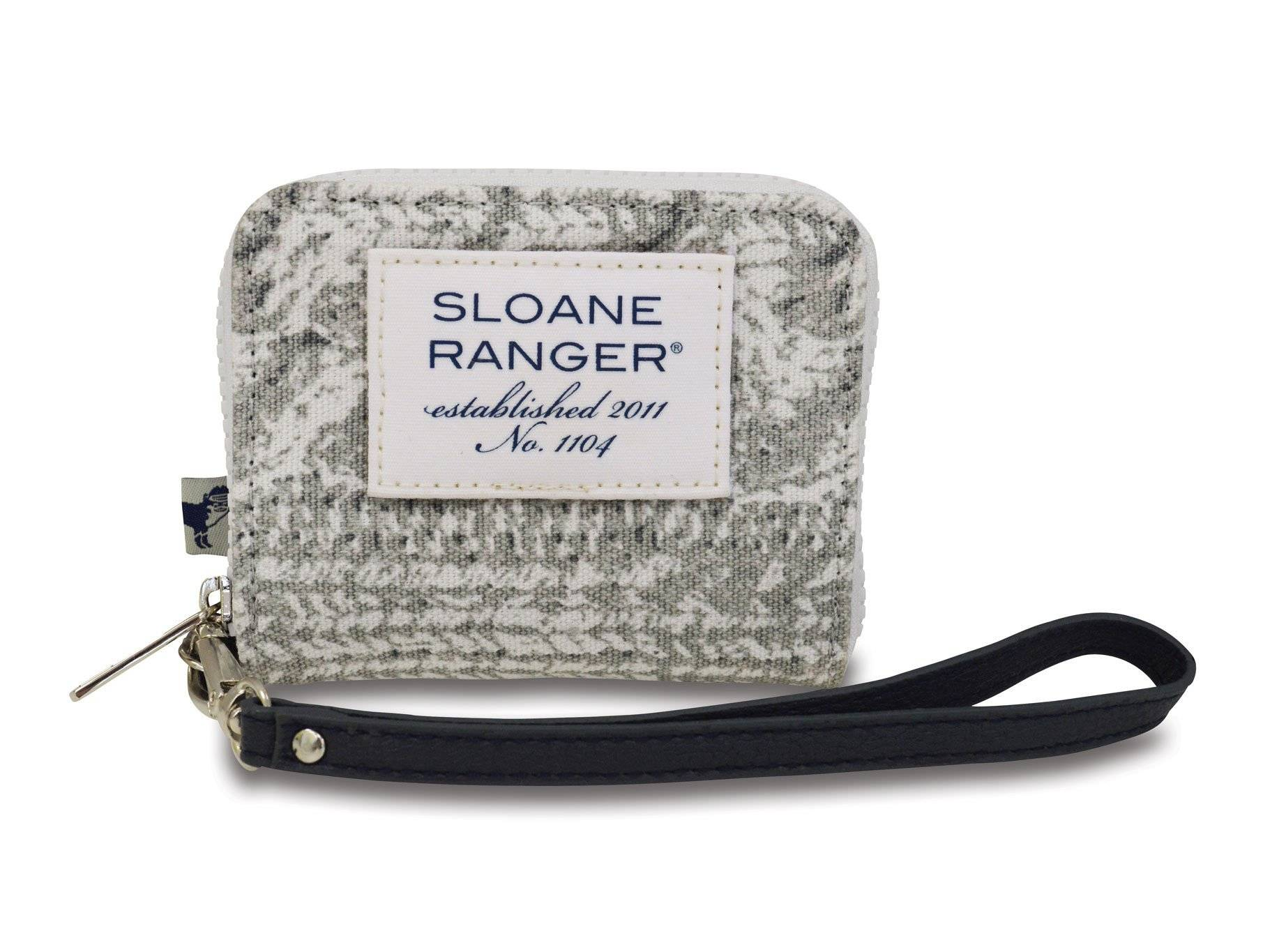 cable knit id wristlet.