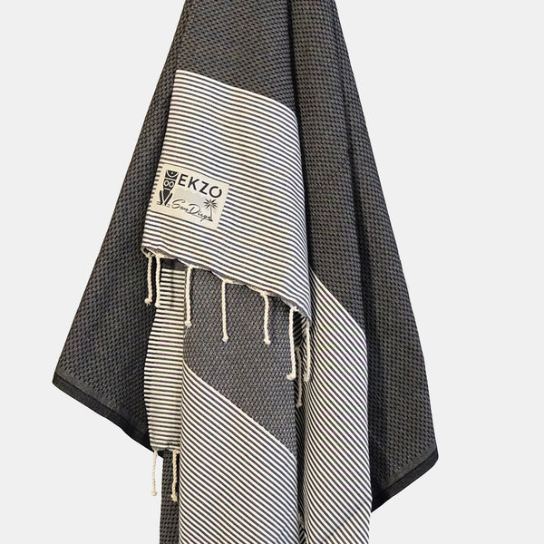 Honeycomb Black - Beach Towel - EKZO