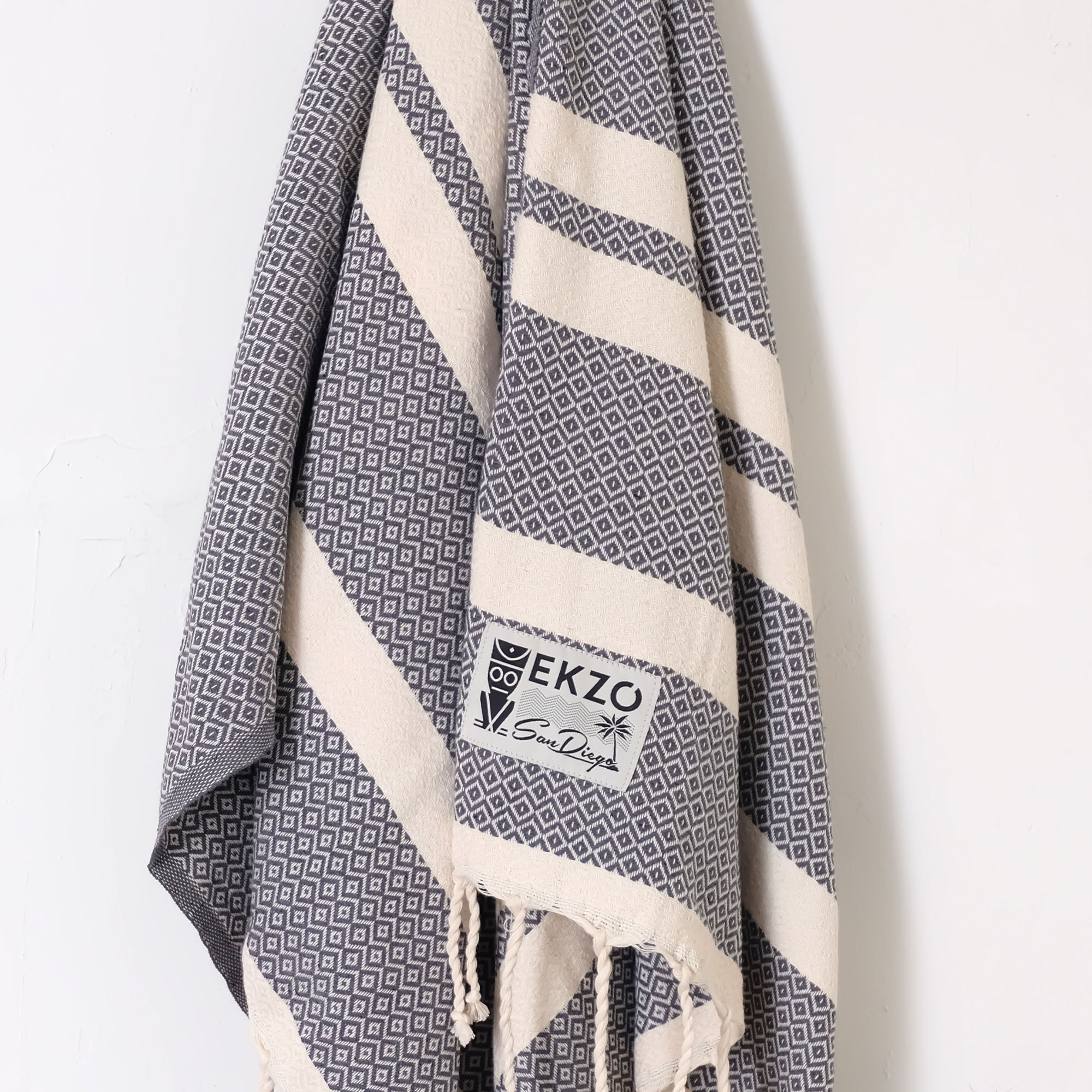 Diamond Gray - Beach Towel - EKZO