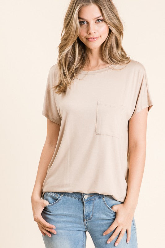 Mia Basic Tee in Taupe