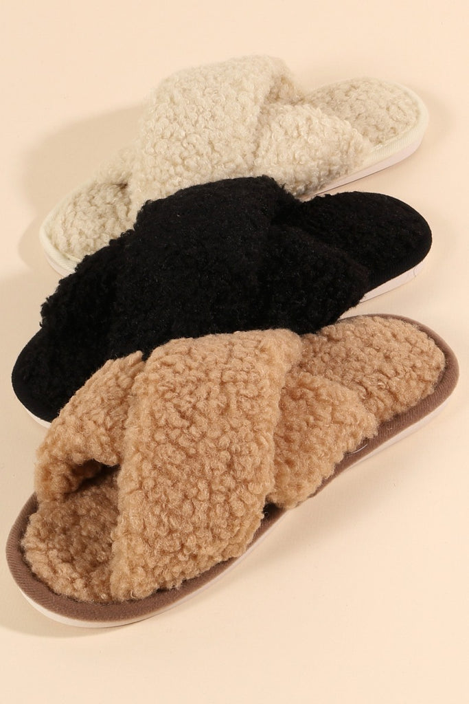 Sherpa Design Slippers in Taupe