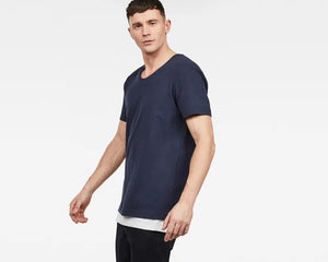 ALKYNE LOOSE U-NECK TEE