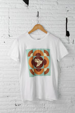 Load image into Gallery viewer, Obey Dove graphic tee