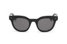 Load image into Gallery viewer, WONDERLAND PERRIS GLOSS BLACK GRAY SUNGLASSES