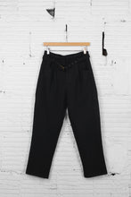 Load image into Gallery viewer, Molly Bracken Cropped Trouser
